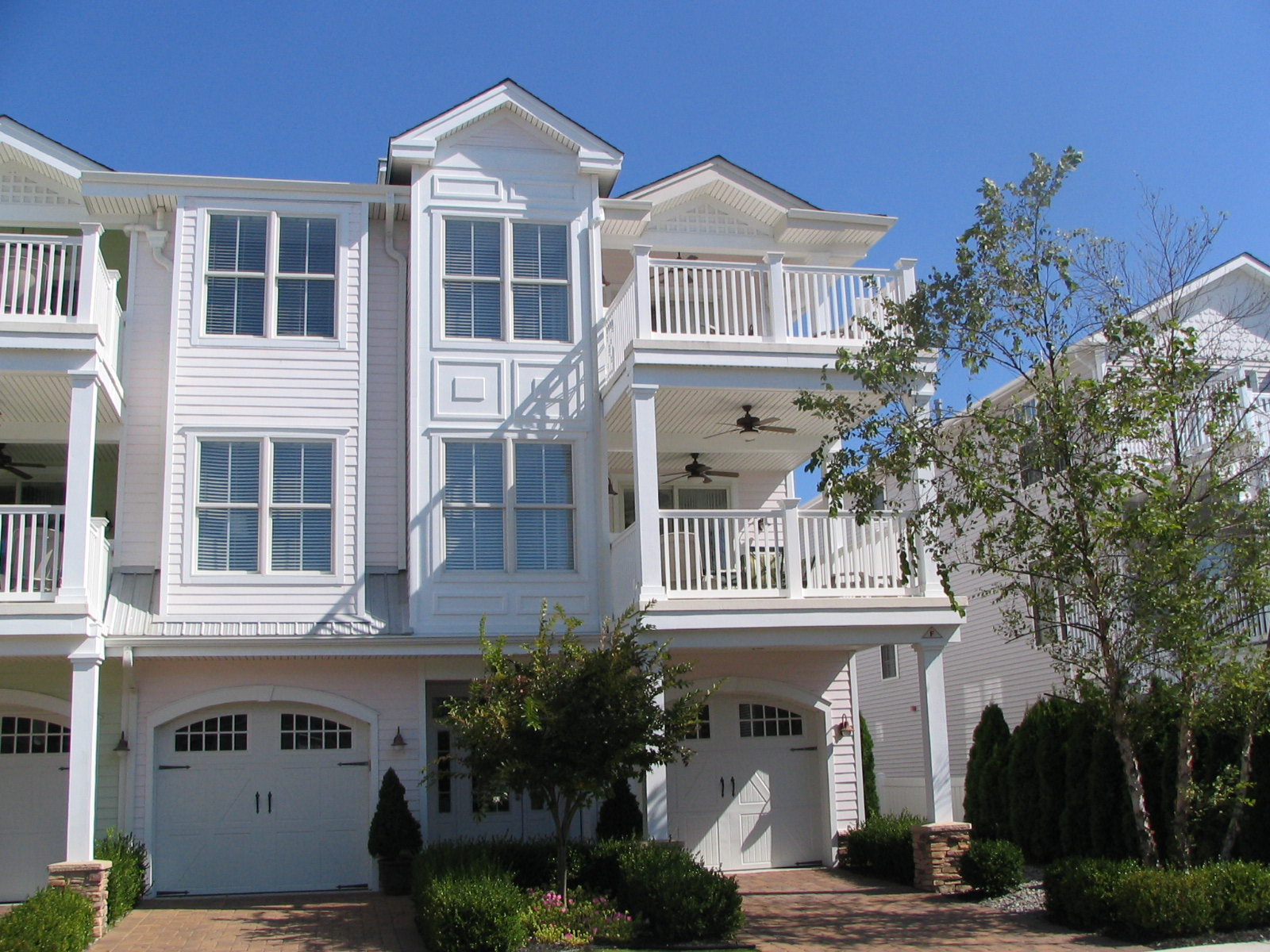 Hemingways By The Sea - Wildwood Condo Rentals